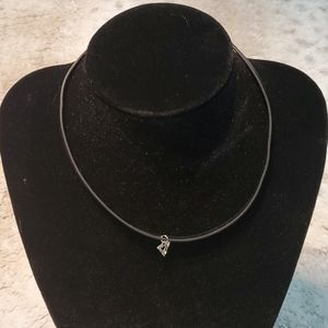Boutique Simple Choker Necklace With Charm